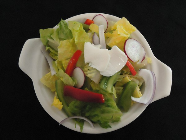 http://www.craneandpelican.com/wp-content/uploads/2017/01/600house_salad.jpg