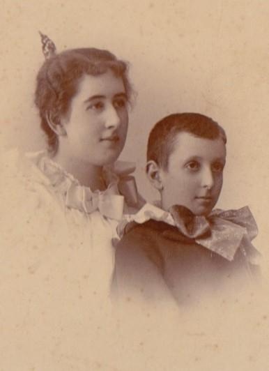 http://www.craneandpelican.com/wp-content/uploads/2021/03/Dawley-Family-Album-018.jpeg